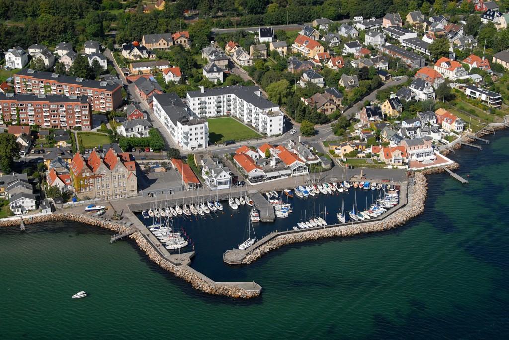 Tårbæk havn